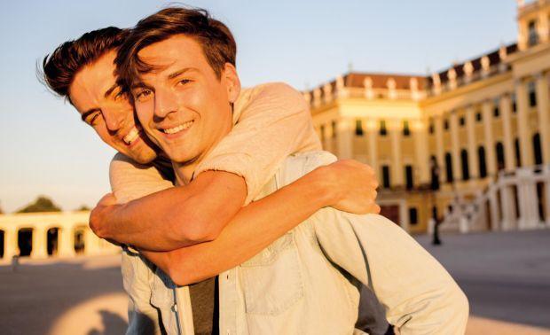 однополые знакомства в россии